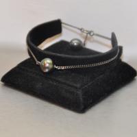 Bracelet cha�ne noire perle noire